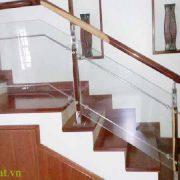 Bạn đã biết về xu hướng sử dụng cầu thang kính hiện nay chưa ?