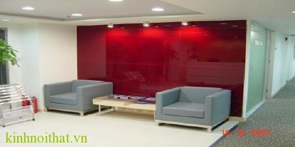 Kính ốp tường màu đỏ Kính nội thất mang tài lộc vào căn nhà của bạn