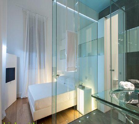 Vách tắm kính Sử dụng cửa thủy lực như thế nào cho bền Dự Án Và Thi Công