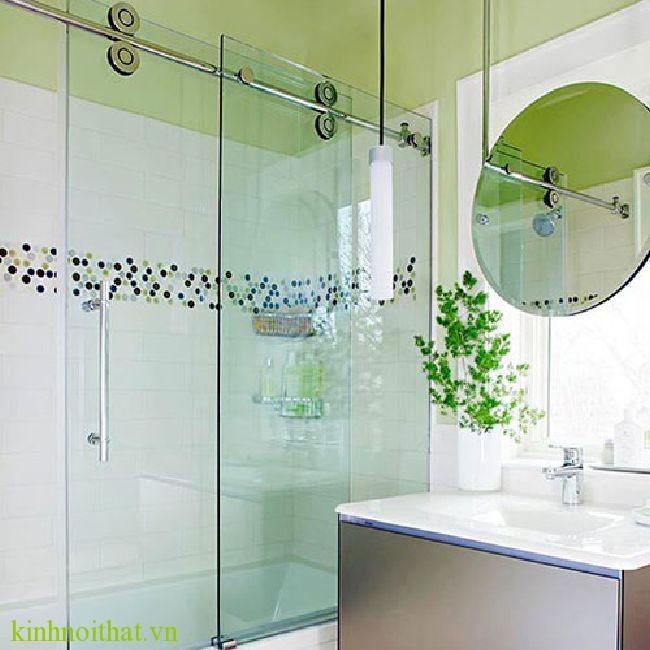 vach tam kinh mo truot 1 Phòng tắm kính – PA1