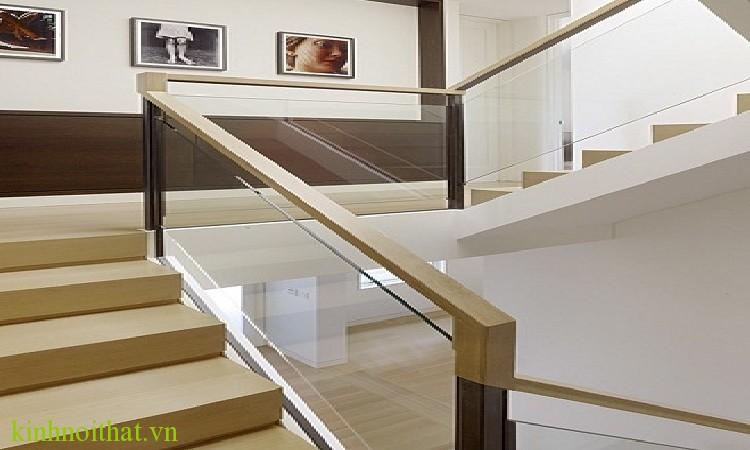 Lan can cầu thang kính 7 Bước lắp đặt lan can cầu thang kính đúng kỹ thuật