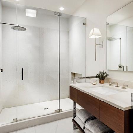 Phòng tắm kính mở quay 3