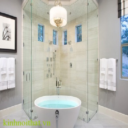Vách tắm kính Tin dùng kính cường lực 10mm cho phòng tắm kính có phải là sự lựa chọn tốt nhất không ?