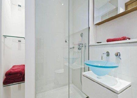 Phòng tắm kính sang trọng Sự sang trọng là điểm cốt lõi của một không gian phòng tắm kính đẹp