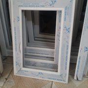 mẫu cửa nhôm việt pháp Biết mẹo này bạn sẽ phân biệt được cửa nhôm và cửa nhựa