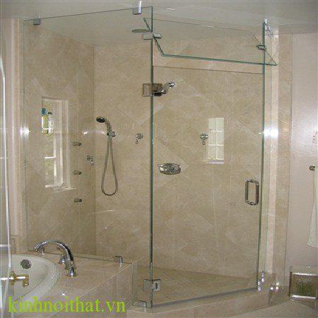 Vách tắm kính góc 90 độ 1