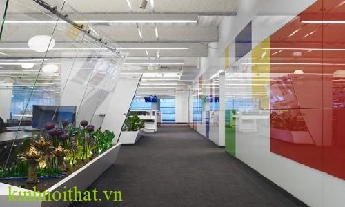 vách kính cường lực văn phòng 8 Vách kính cường lực thể hiện đẳng cấp của một văn phòng chuyên nghiệp