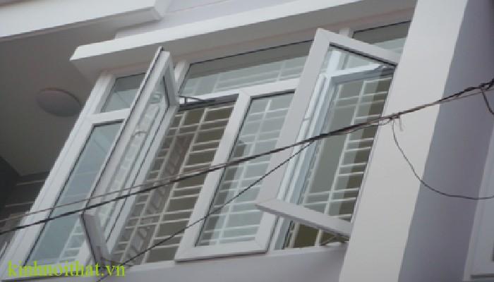 Mẫu cửa sổ nhôm kính 4 cánh Cửa sổ nhôm kính 4 cánh cấu tạo cao cấp, bền, đẹp