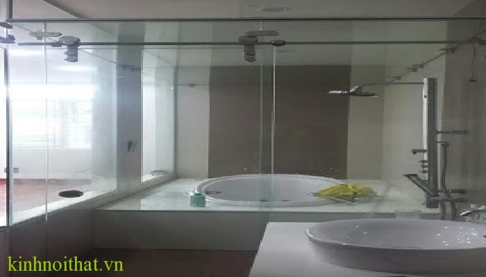 Vách tắm kính mở lùa Phòng tắm kính và những lý do bạn nên lắp đặt vách tắm kính ngay