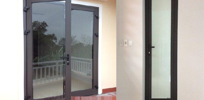Có nên làm cửa nhôm việt pháp hệ 4400 không ? Có nên làm cửa nhôm việt pháp hệ 4400  không?