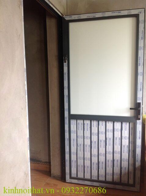 Cửa nhôm việt pháp mở quay 1 cánh Kinh nghiệm lựa chọn cửa nhôm việt pháp giá rẻ