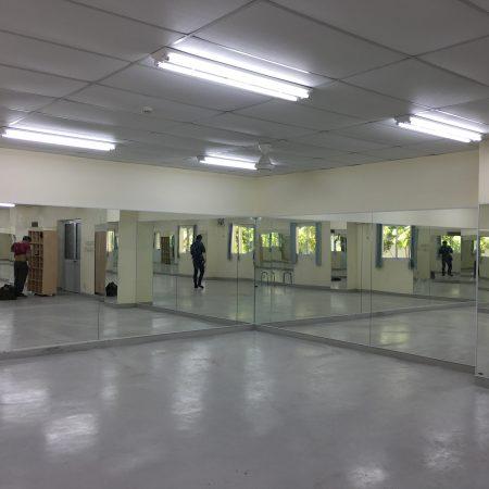 Gương phòng tập gym Gương phòng tập gym Trang Chủ