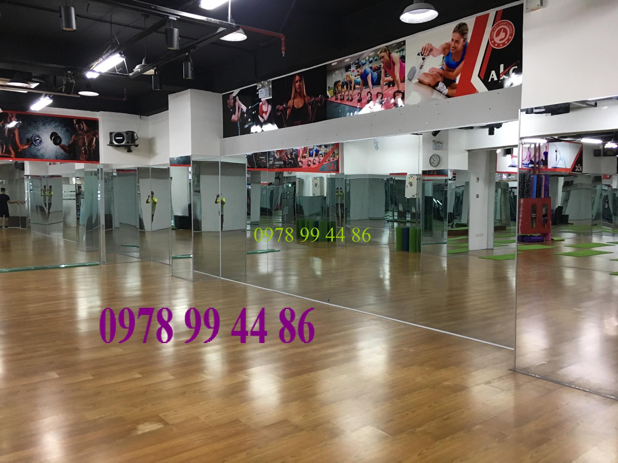 gương phòng tập tại 78 xuân thủy Báo giá gương phòng tập gym,yoga,múa