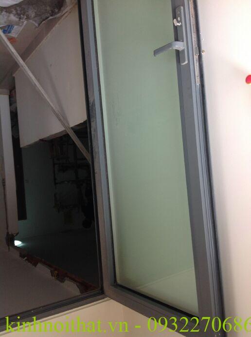 cửa nhôm việt pháp  Cửa nhôm việt pháp mở quay 1 cánh 1 tiện ích khó có thể bỏ qua