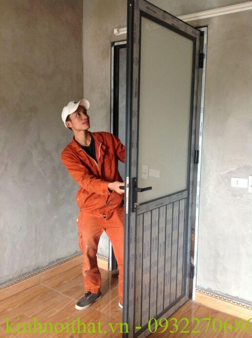 cửa nhôm việt pháp mở quay 1 cánh cao câp Cửa nhôm việt pháp mở quay 1 cánh 1 tiện ích khó có thể bỏ qua