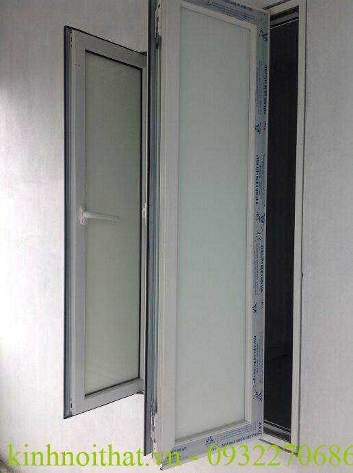 Cửa sổ nhôm việt pháp hệ 4400 Cửa sổ nhôm việt pháp hệ 4400 mở quay cao cấp