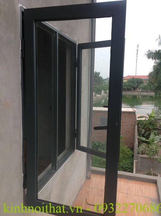 Cửa sổ nhôm việt pháp mở quay hệ 4400 Cửa sổ nhôm việt pháp hệ 4400 mở quay cao cấp