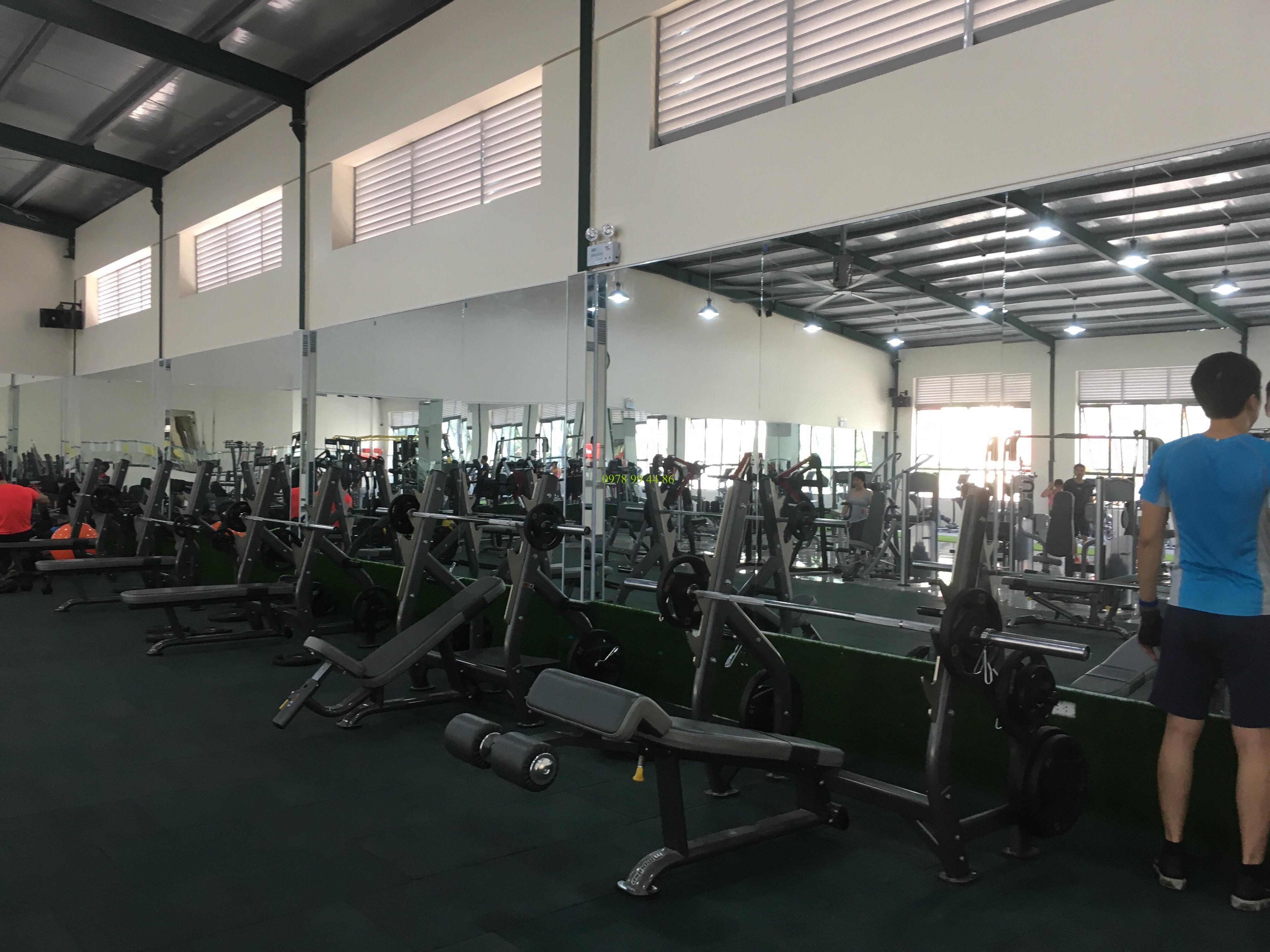Gương phòng tập gym Trang Chủ