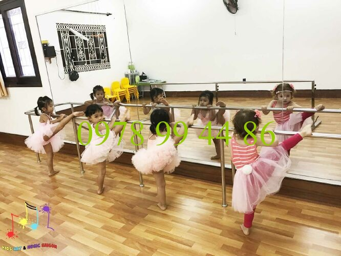 gương phòng tập múa trẻ em 4mm Gương 4mm
