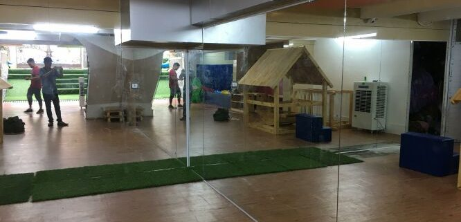 gương phòng tập tại trường tiểu học nguyễn công trứ Lắp đặt gương phòng tập chuyên nghiệp tại hà nội