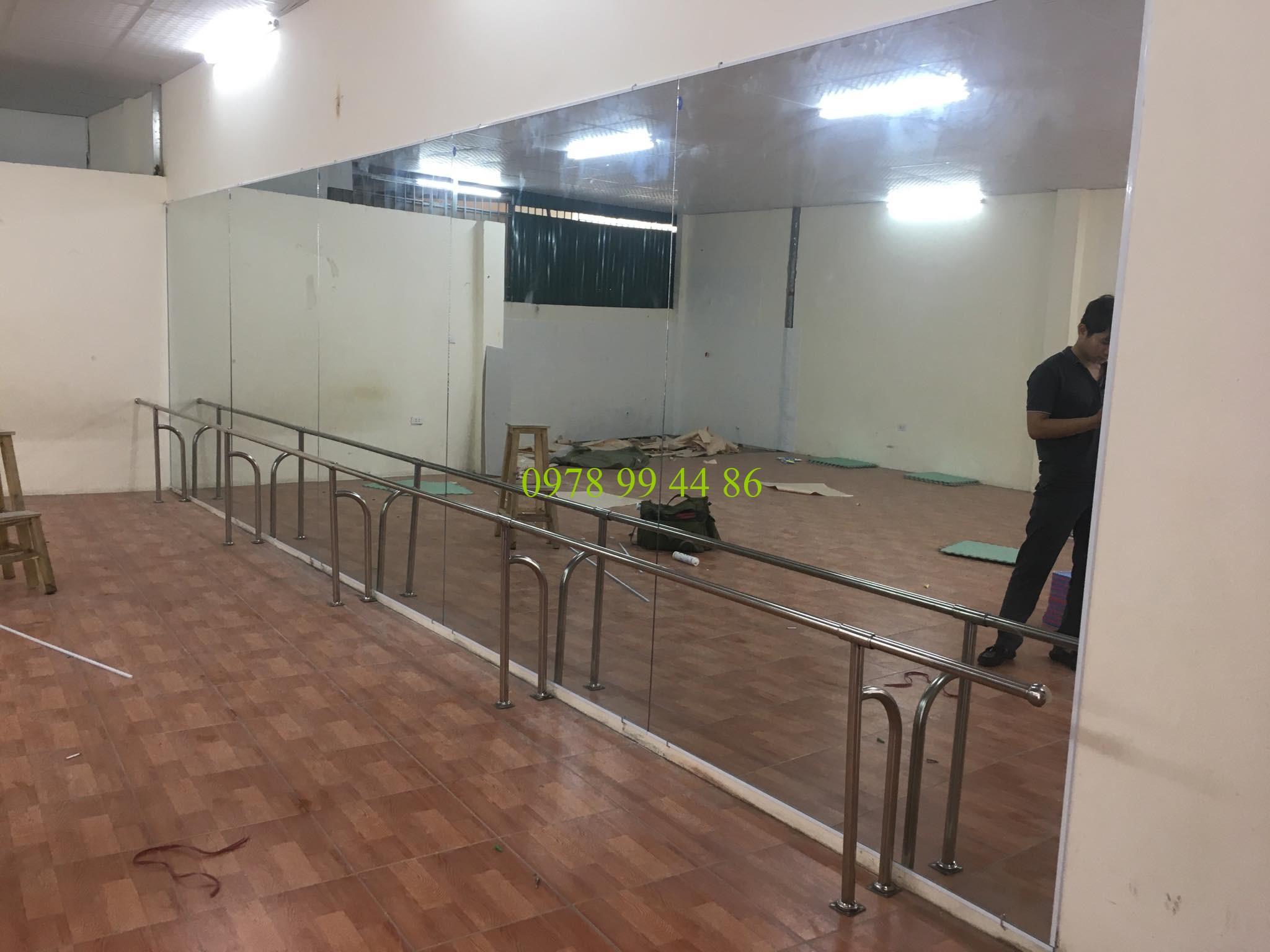 gương phòng tập 46 Gương phòng tập chính hãng mua ở đâu ?