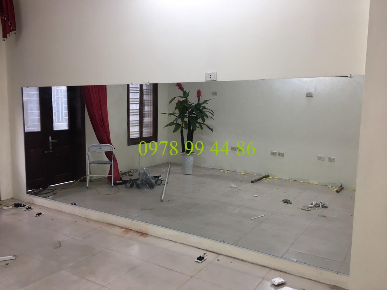 gương phòng tập 1321 Top 3 sản phẩm gương được ưa chuộng tại gương phòng tập