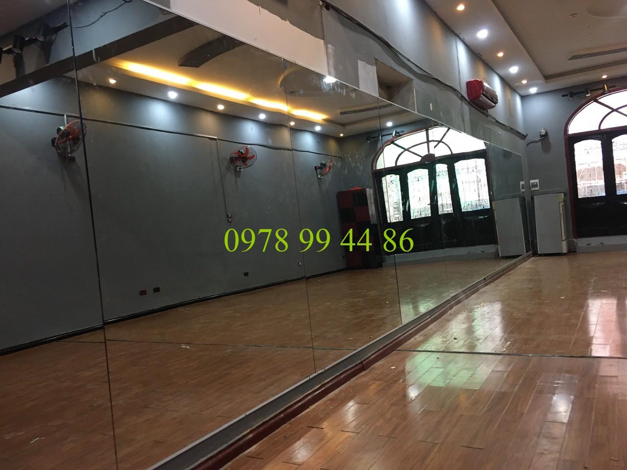 Gương phòng tập yoga 5684 Gương phòng tập yoga