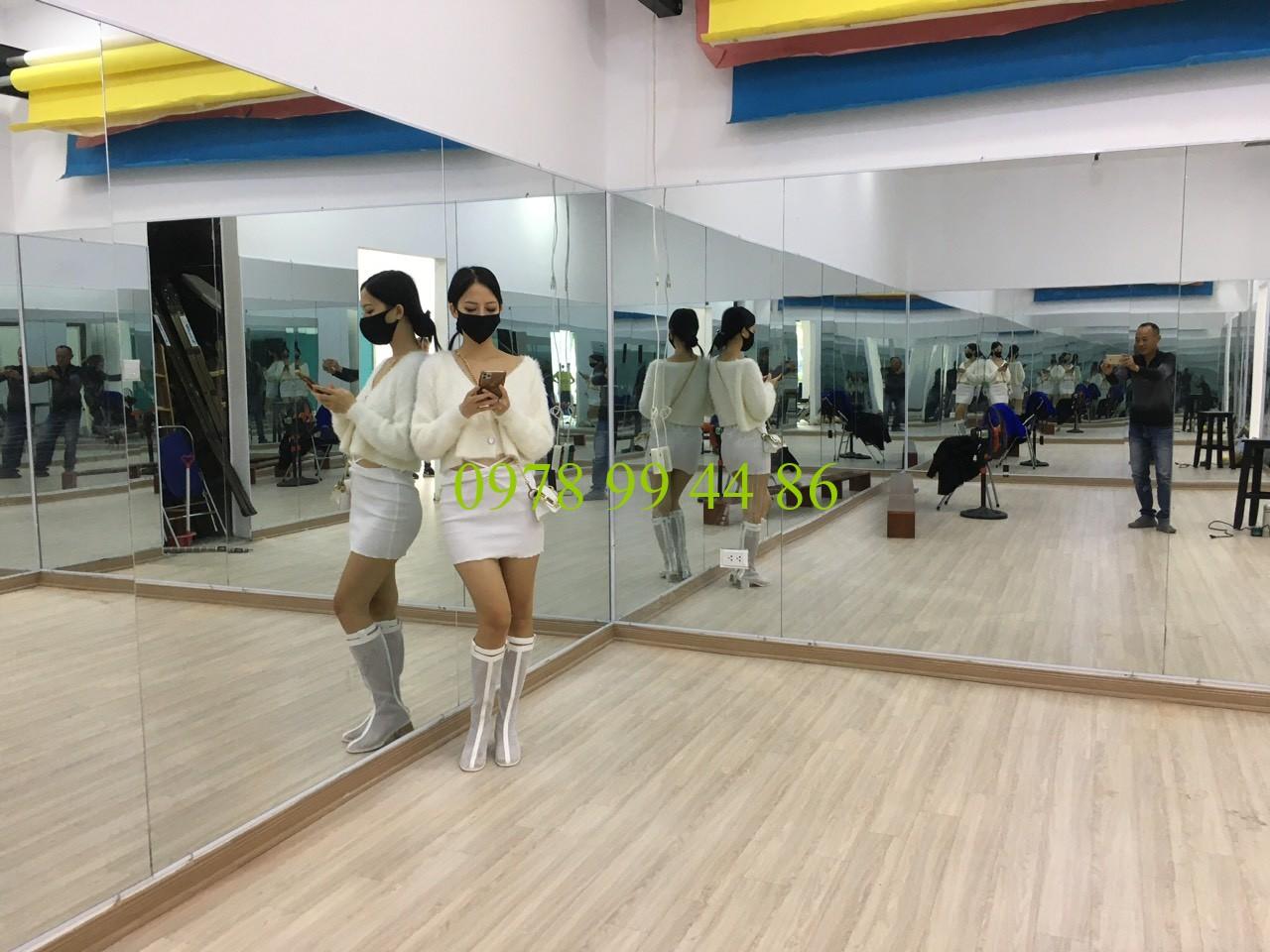Gương phòng tập 689755 Chuyên gương phòng tập gym,yoga,zumba,múa chính hãng